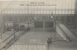X120376 PARIS INONDE INONDATIONS INONDATION CRUE DE LA SEINE 1910 CATASTROPHE NATURELLE INTERIEUR GARE AUSTERLITZ - District 13
