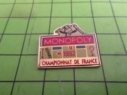 1318B Pin's Pins / Rare & De Belle Qualité : THEME JEUX : CHAMPIONNAT DE FRANCE DE MONOPOLY 1992 - Games