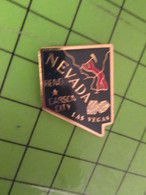 1318c Pin's Pins / Rare & De Belle Qualité : THEME JEUX / ETAT DES USA NEVADA CASINO JEUX CARSON CITY RENO LAS VEGAS - Games