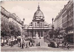 Paris: RENAULT NERVASTELLA, CITROËN TRACTION AVANT, ROSALIE - Eglise De La Sorbonne - Toerisme