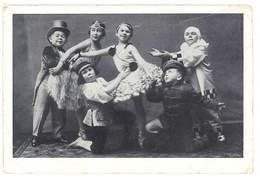 Cpa Spectacle, Enfants Artistes , Costumés - Artistes