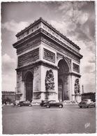 Paris: BUICK 50 SEDAN '46, PEUGEOT 203, CITROËN TRACTION AVANT - L'Arc  De Triomphe - Toerisme