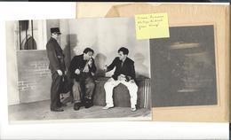 THEATRE  Artistes  Paris Vers 1930 - Env. 28 Photographies + Quelques Doublons - Photographs