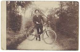 Cpa Carte-photo Homme & Son Vélo    ( CPH ) - Autres