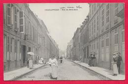 08-Charleville-Rue Du Petit Bois-taille Cpa  écrite - Charleville