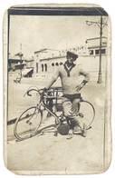Cpa Carte-photo Homme à La Casquette & Son Vélo De Course  ( état )   ( CPH ) - Autres