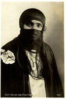 EGYPTE - Egypt Patrician Lady Of Lower Egypt - Femme Arabe De La Haute Société (Basse Egypte  EGYPT    EGYPTE - Personas
