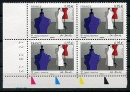 RC 11186 FRANCE 2013 N° 4826 EMISSION CONJOINT SINGAPOUR LA MODE BLOC DE 4 COIN DATÉ NEUF ** - France