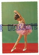Danse. Petite Fille En Tutu - Danse