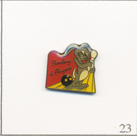 Pin's Sport - Bowling / Club D'Angers (49) Avec Lapin. Non Estampillé. Epoxy. T642-23 - Bowling
