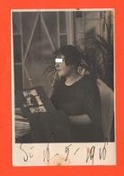 Donna Sfoglia Album Di Cartoline 1916 Foto Con Dedica Al Retro Women - Foto Dedicate