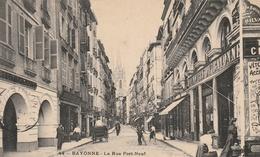 La Rue Du Port-Neuf - Bayonne
