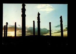C274 IRAN - PERSEPOLIS - SUNSET VIEW OF THE COLUMNS OF APADANA PALACE - Iran