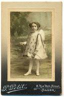 CDV Filette Vers 1880 - P Petit à Alger - Anonyme Personen