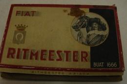 Boite. 16. Ancienne Boite En Carton Pour Cigarillos. Ritmeester. Fiat Buat 1666 - Cigares - Accessoires