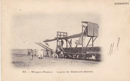 DJIBOUTI  CPA. WAGON POSEUR LIGNE DE DJIBOUTI- HARAR - Somalie