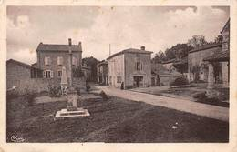 Hurigny Monument Aux Morts école Canton Mâcon - France