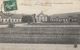 + 50 CPA Saint Lô - Haras Nationaux, Pavillon Est + - Saint Lo