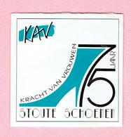 Sticker - KAV - 75 Jaar - Kracht Van Vrouwen - STOUTE SCHOENEN - Autocollants