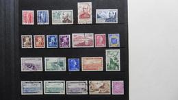 ALGERIE : 22 Timbres Oblitérés - Algérie (1924-1962)