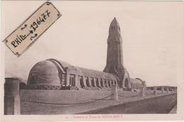 Douaumont - Cpa / Ossuaire Et Phare. - Guerre 1914-18