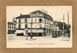 CPA - BEZONS (95) - Aspect Du Tram Arrivant Au Rond-Point Et Rue Villeneuve Au Début Du Siècle - Bezons