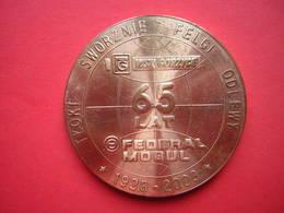 UNE MEDAILLE BRONZE TYOKI  SWORZINE FELGI ODLEWY WSK GORZYCE 65 LAT FEDERAL MOGUL 1938 - 2003 - Allemagne