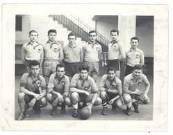 Photo équipe De Joueurs De Foot, Football - Sports