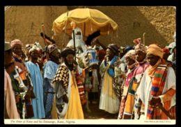 C313 NIGERIA - KANO - THE EMIR OF KANO AND HIS ENTOURAGE CIRC. 1978 - Nigeria