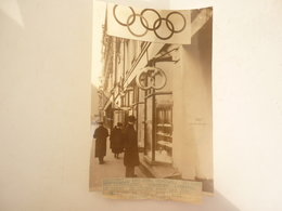 FINLANDE HELSSINKI PHOTO LES CINQ CERCLES INSIGNE DES OLYMPIADES DE 1940 - Finnland