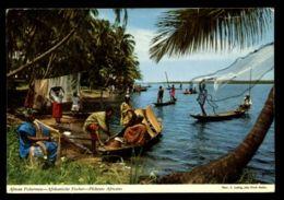 C328 ZAMBIA - ETHNICS FOLKLORE - AFRICAN FISHERMEN PECHEURS AFRICAINS CIRC. 1973 - Zambie