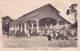 Belle CPA : Saint Laurent Du Maroni (Guyane)  Le Marché    Belle Animation   N° 7 - Saint Laurent Du Maroni