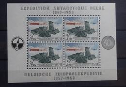BELGIE   1957    Blok  31   Zuidpoolexpeditie       Postfris **    CW  180,00 - Blocks & Sheetlets 1924-1960