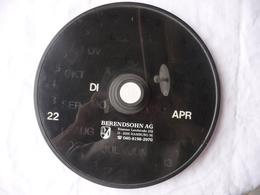 CALENDRIER PERPETUEL PUBLICITAIRE - BERENDSOHN AG HAMBOURG - Avec 3 Molettes De Réglage : Jour,date,mois. Diamètre 29 Cm - Advertising