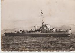 CP - PHOTO - ALGÉRIEN - DESTROYER D'ESCORTE LANCE LE 28 NOVEMBRE 1943 - C. A. P. - 24 - Guerre