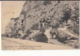 France 76 - Dieppe - Les Grottes Des Pêcheurs Dans Les Falaises     : Achat Immédiat - Dieppe