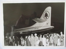 Aviation Civile - Photo Originale Aéroport Beyrouth - Caravelle VI N  - 13,5 X 18 - Années 60 Environ - TBE - Aviación