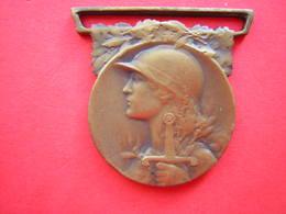 MEDAILLE REPUBLIQUE FRANCAISE GRANDE GUERRE 1914 1918 - France