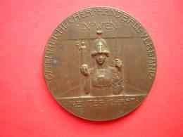 MAIDAILLE BRONZE OSTERREICHISCHER HANBALL VERBAND IN WIEN MEISTERSCHFT  RESERVE I KL 1928/ 1929 - Jetons & Médailles