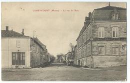 CPA Laheycourt La Rue Du Bois Hotel Et Café - France