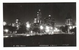 POSTAL   SAO PAULO  -BRASIL  -PANORAMA DE NOCHE  (FOTO POSTAL COLOMBO) - São Paulo