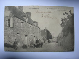 CPA Genest. Entrée Du Village. Tacot. De Granville Au Mont St Michel. Normandie. - Frankrijk