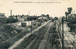 93   PIERREFITTE SUR SEINE  LA GARE AVANT LE DEDOUBLEMENT DES VOIES - Pierrefitte Sur Seine