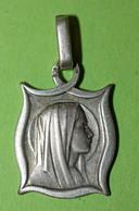 """Pendentif Médaille Religieuse Argent 800 Années 20 """"Notre-Dame De L'Alcazar"""" Espagne - Religious Medal - Religión & Esoterismo"""