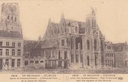 Diksmuide, Dixmude, Apres Le Bombardement, L'Hôtel De Ville Et La Place De L'Eglise (pk53903) - Diksmuide