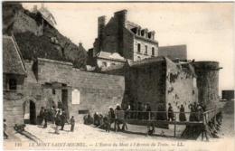 6ED 243 CPA - LE MONT SAINT MICHEL - L'ENTREE DU MONT - Le Mont Saint Michel