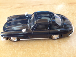 Mercedes 300 SL 1954 1/43 Eme Dans Sa Boite Plastique - Solido