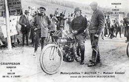 """Motocyclettes """" ALCYON """" Moteur ANZANI ,Bougies MACQUAIRE , Pilote GRAPPERON  Vainqueur à GAILLON Et EVREUX - Sport Moto"""
