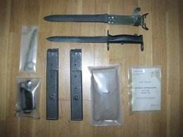 Lot Mat 49 + Baio MAS46/56 - Decorative Weapons
