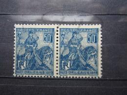VEND BEAUX TIMBRES DE FRANCE N° 257 , BLEUS FONCES , EN PAIRE , XX !!! (b) - France